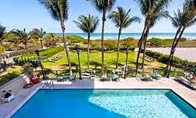 Pool, 9195 Collins Ave 309, 1