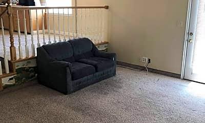 Living Room, 147 N 1150 W, 2
