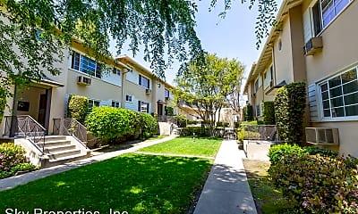 Building, 1553 Riverside Dr, 0