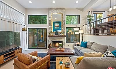 Living Room, 12831 Moorpark St, 1