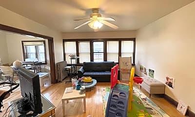 Living Room, 2615 N Cramer St, 1