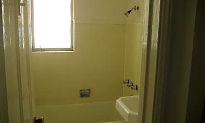 Bathroom, 530 Glenrock Ave, 2