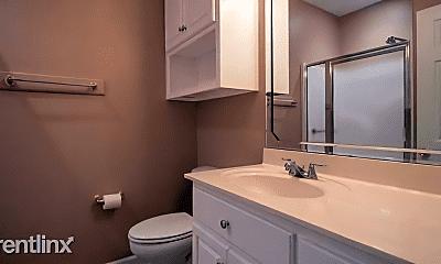 Bathroom, 13336 Roxbury Pl, 2