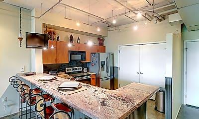 Kitchen, 10 N Summerlin Ave, 1