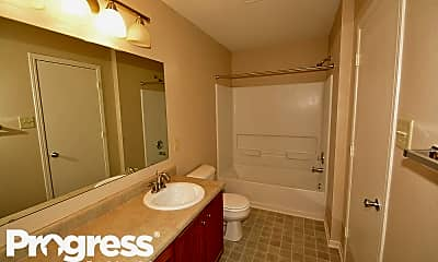 Bathroom, 927 Brookshire Dr, 2
