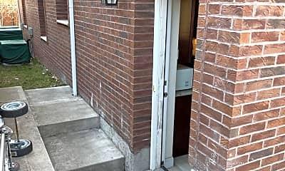 Patio / Deck, 95 Detroit Ave 1, 0