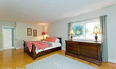Bedroom, 126 Hawthorne Dr, 2