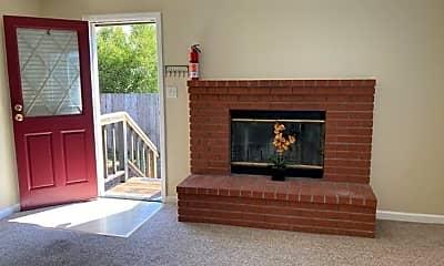Living Room, 618 Olive Ave, 1
