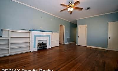 Bedroom, 807 Cooktown Rd, 1