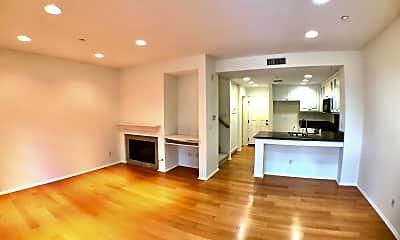 Living Room, 305 Calle Campanero, 2