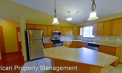 Kitchen, 1029 Highland Ridge Dr, 1