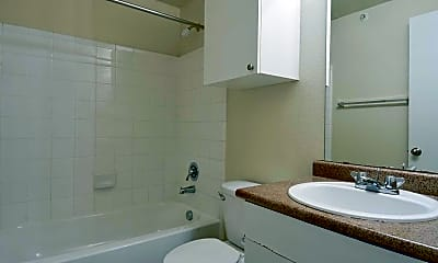 Bathroom, Alsbury Villas, 2