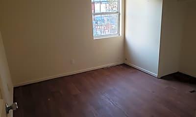 Bedroom, 329 W Alexandria St, 2
