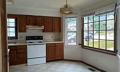 Kitchen, 512 Brent Rd, 1