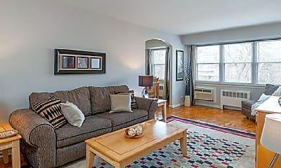 Living Room, 5000 Woodbine Ave, 0