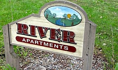 River Apartments, 1