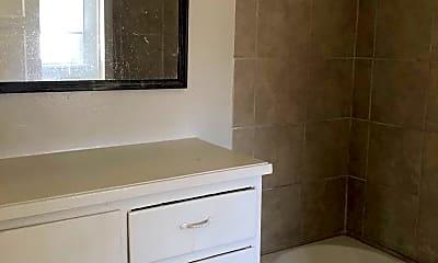 Bathroom, 1042 Sonora Ave, 2