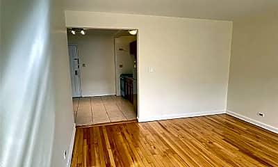 Living Room, 87-09 34th Ave 4K, 1