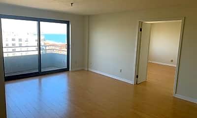 Living Room, 388 Ocean Ave, 2