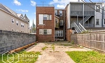 Building, 111 Park Ave, 1
