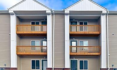 Building, Summit Apartments, 2