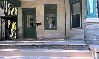 Building, 23 E 37th St, 1