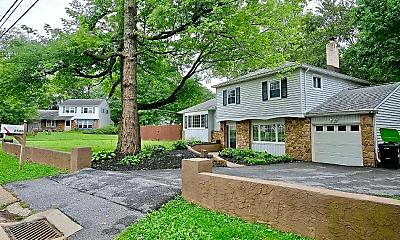 2540 Dartmouth Woods Rd, 1