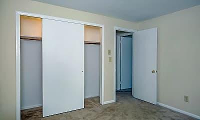 Bedroom, Hamden Centre & Dogwood Hill, 2