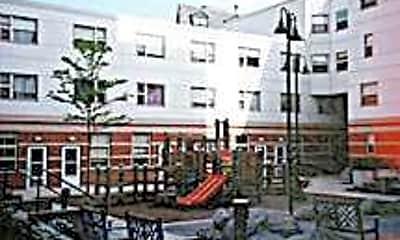 Oak Terrace, 2