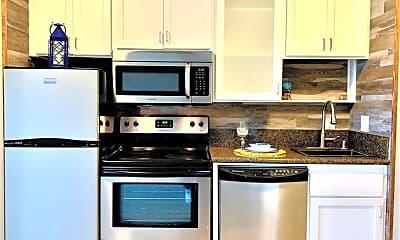 Kitchen, 211 Yacht Club Way, 1
