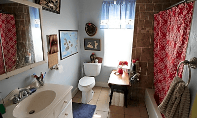 Bathroom, 62 America St, 2
