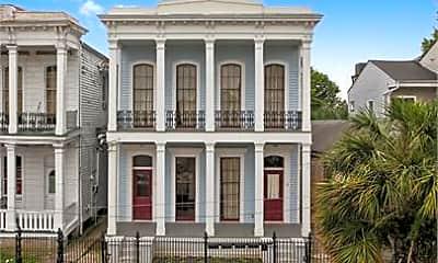 Building, 1828 Baronne St, 2