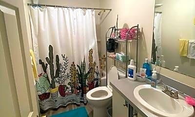 Bathroom, 1511 HUMBOLDT ST, 1