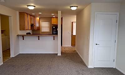 Building, 2250 SW 21st St, 1