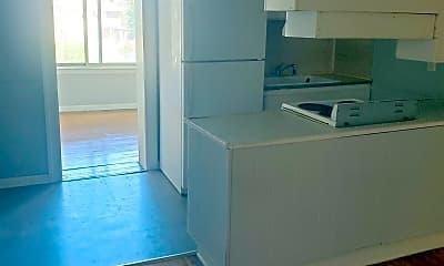 Kitchen, 642 Seward Ave, 1
