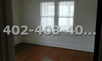 Living Room, 4427 Leavenworth St, 1
