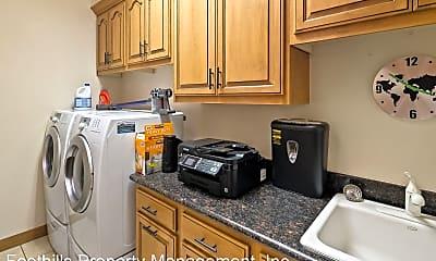 Kitchen, 212 Calle Diamante, 2
