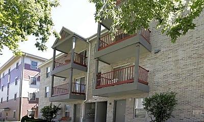 Building, Smith Apartments-1004 S Locust, 0