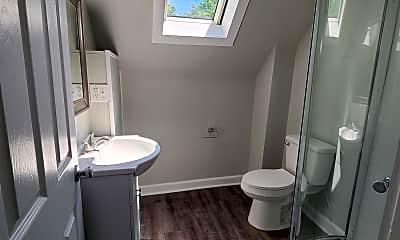 Bathroom, 510 S St Joseph St, 1