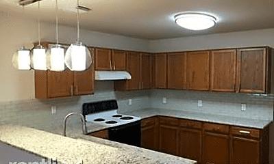 Kitchen, 802 Amber Knoll, 2