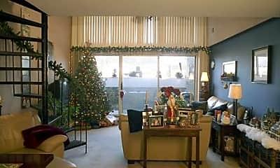 Packard Loft Apartments, 2