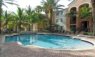 Pool, 6801 SW 44th St, 2