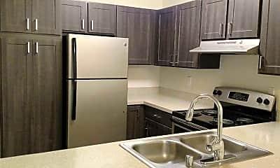 Kitchen, Glen Park at West Campus, 0