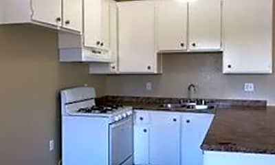 Kitchen, 3350 Lincoln Ave, 2