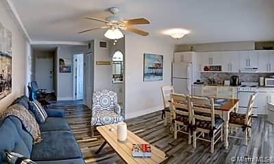 Living Room, 3215 N Ocean Dr 304, 0