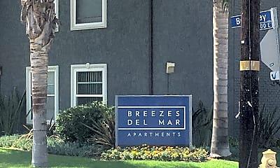 Breezes Del Mar, 1