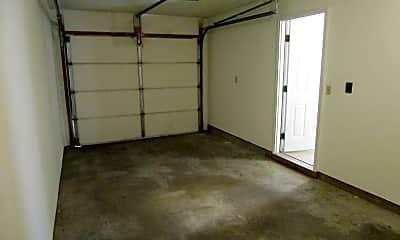 Building, 4918 W Millbrook Dr, 2
