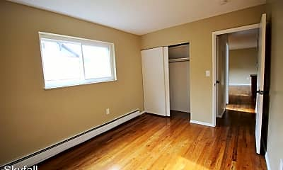 Bedroom, 4434 Lafayette Ave, 2