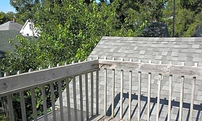 Patio / Deck, 902 Rogers St, 2