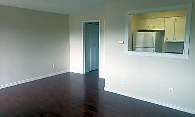 Living Room, 3666 S Pearl St, 2